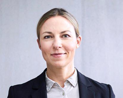 Portraitfoto von Camille Dufieux, Leiterin Portfolio Supervision, INTREAL